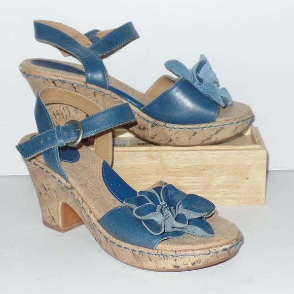 2ed8840cdc30 boc Shoes - BOC Born Blue Leather Flower Sandals 7 38